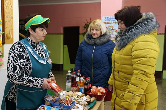 На участках для голосования Копыльское райпо организовало торговлю
