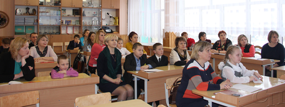 ■ Юные исследователи в секции «Математика, физика, техника»