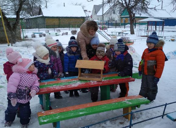 Прогулки в детском саду зимой — замечательный способ оздоровления
