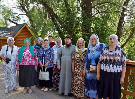 Копыльские богомольцы посетили Свято-Троицкий Серафимо-Дивеевский монастырь