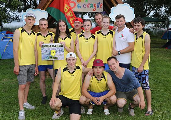 Копыльская молодежь приняла участие в областном фестивале «Васильковый венок»