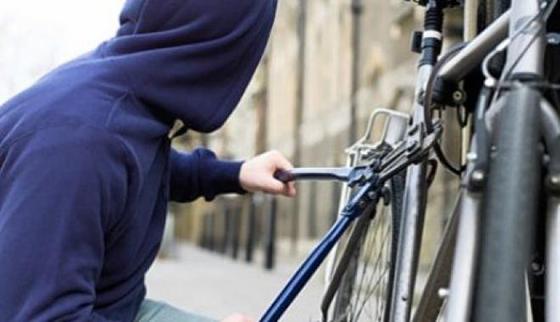 Причина краж велосипедов  — халатность хозяев