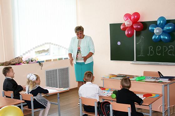 Первый школьный звонок прозвенел для 70 учащихся Потейковской средней школы