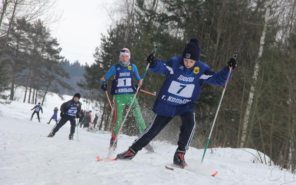 Снег «горел» под ногами: в Копыльской зоне отдыха выбрали лучших лыжников