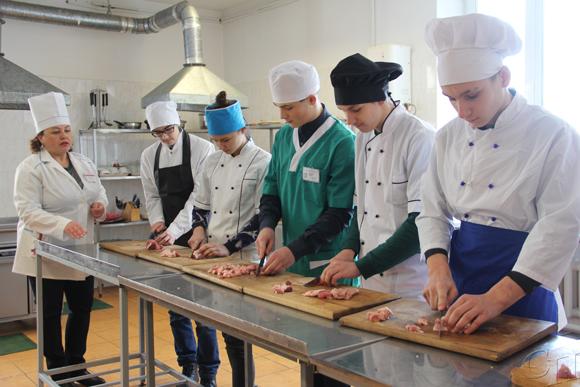 Специальности Копыльского государственного колледжа востребованы на рынке труда