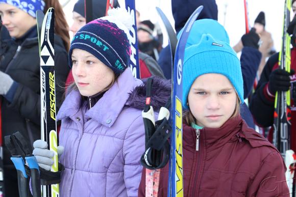 Юные спортсмены Копыльского района сразились за звание лучших в соревнованиях по биатлону «Снежный снайпер»