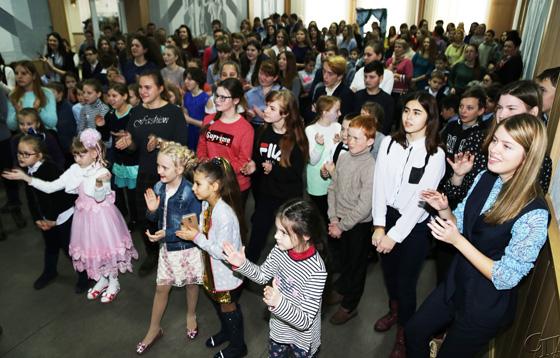 Пусть сбываются мечты: школьники Копыльщины приняли участие в районном новогоднем мероприятии