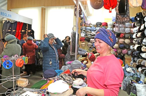 С 6 по 9 февраля в районном центре культуры проводится II Республиканская универсальная выставка-ярмарка «Капыльскі кiрмаш»