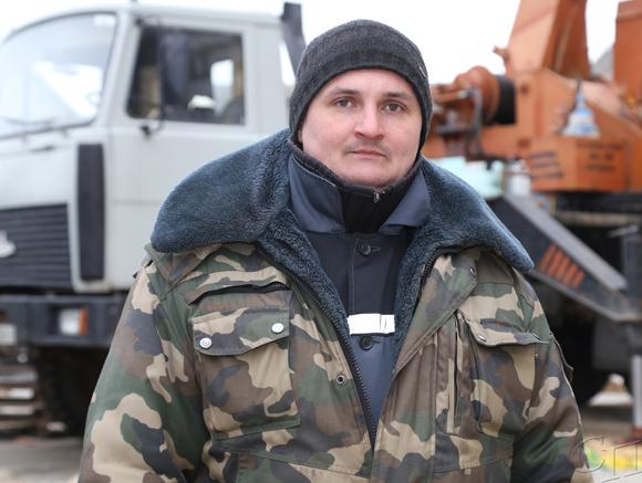 У машиниста автокрана КУП «Копыльский РСУ» Сергея Ковчура своя династия