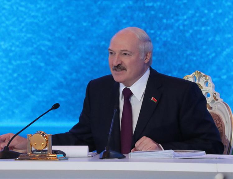 Президент встретился с представителями общественности, экспертного сообщества, белорусских и зарубежных СМИ