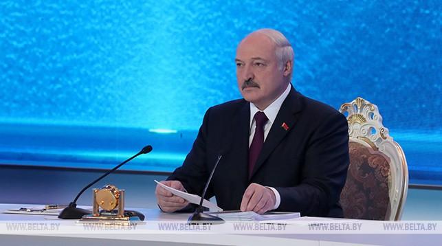 Лукашенко: Беларусь никогда не была нахлебником у России и не будет