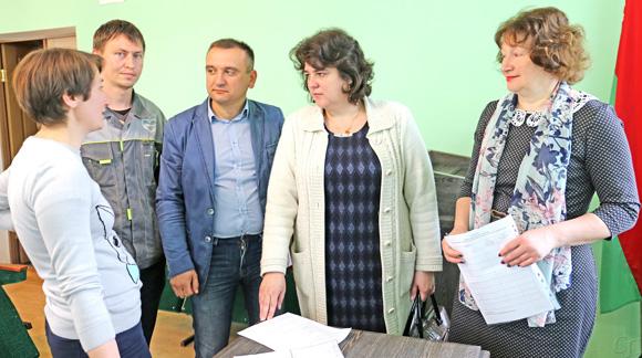 Информационно-пропагандистские группы Копыльского райисполкома встретились с трудовыми коллективами