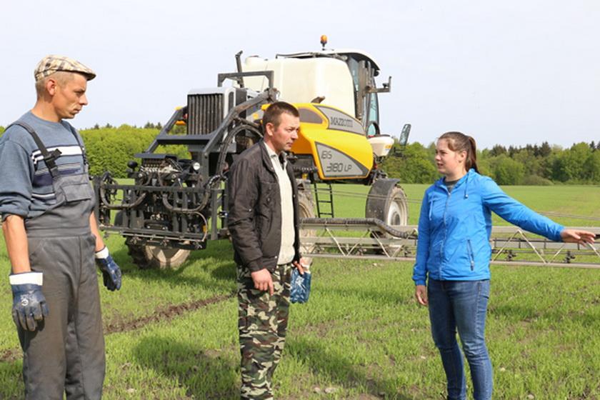 Последние обозначенные в весеннем сельскохозяйственном календаре работы ведут в филиале «Лакнея» УП «ПриортрансАгро»