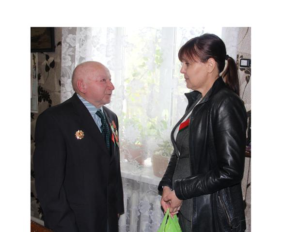 Ветеран Великой Отечественной войны Лев Иванович Лепетило получил поздравления от депутата парламента Людмилы Нижевич