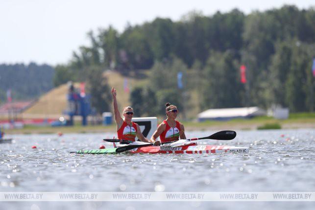 Белоруски Марина Литвинчук и Ольга Худенко победили в гребле на байдарке на 500 м на II Европейских играх