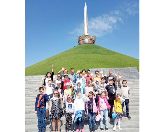 Учащиеся Песочанского УПК детский сад – базовая школа имени С.А. Умрейко побывали на экскурсии по мемориальным комплексам