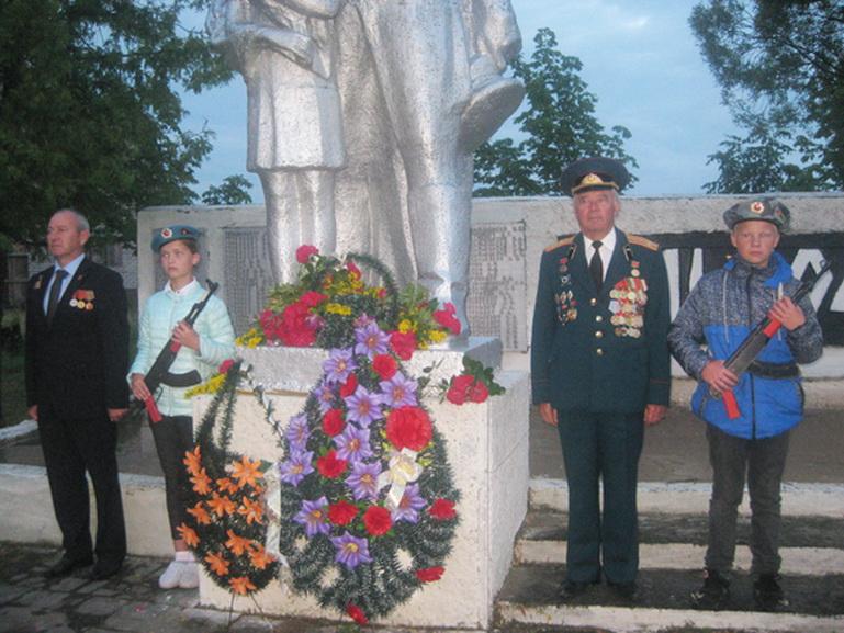 В Слобода-Кучинке прошел митинг-реквием, посвященный Дню всенародной памяти жертв Великой Отечественной войны