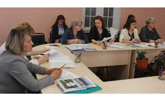 В Копыльском ТЦСОН состоялся семинар «Межведомственное взаимодействие по оказанию помощи семьям, воспитывающим детей-инвалидов»
