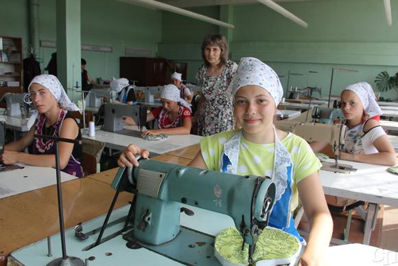Первый в этом сезоне студенческий отряд приступил к работе в Копыльском государственном колледже